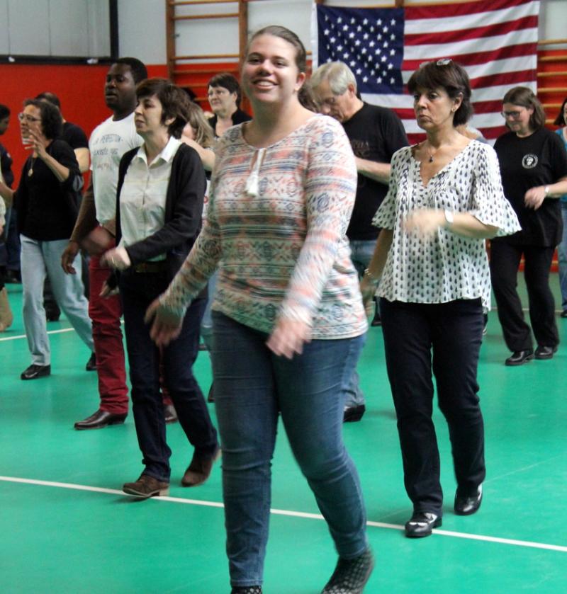 Bal Country - Line dance de la St Patrick 100% débutant à Courbevoie à côté de Paris, La Garenne-Colombes